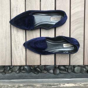 Steve Madden | Fadey Blue Velvet Pointed Toe Flats